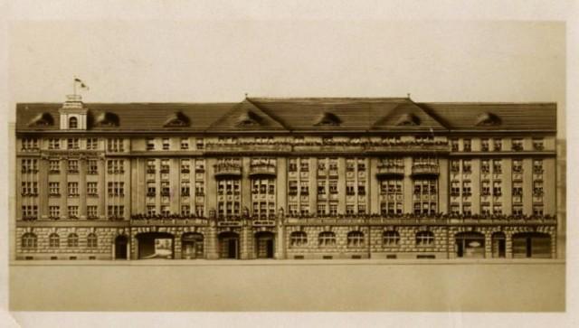 Budynek Impartu, dawny Etablisment Paula Scholtza przy ul. Mazowieckiej 17