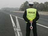 Nysa. Kierowca audi przekroczył prędkość, ale miał na sumieniu większe grzechy. Jechał bez prawka i po spożyciu alkoholu