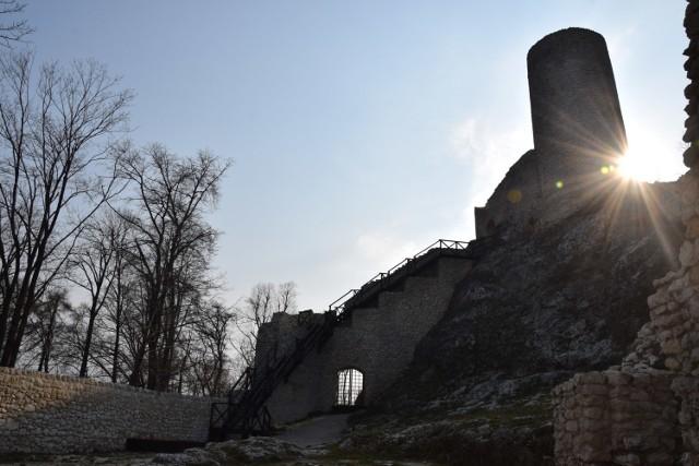 Zamek Pilcza w Smoleniu jest jedną z atrakcji turystycznych na Jurze.