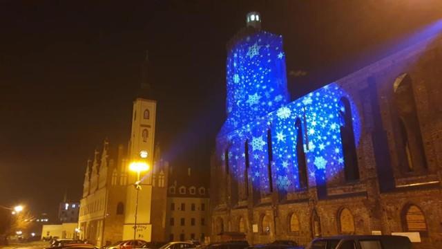 Zdjęcia iluminacji świątecznych w Gubinie.