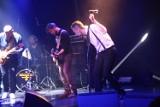 """Konin: Otwarcie wystawy i ostatni koncert przed lockdownem w """"Oskardzie"""""""