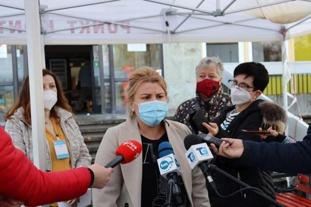 - Nie utrudniajcie nam pracy - apelują pracownicy szpitala w Gorzowie.
