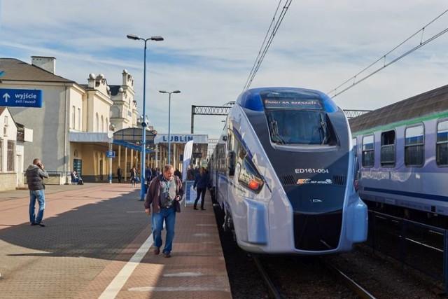 PKP Intercity rozważa wydłużenie do Chełma pociągów obsługiwanych składani Dart