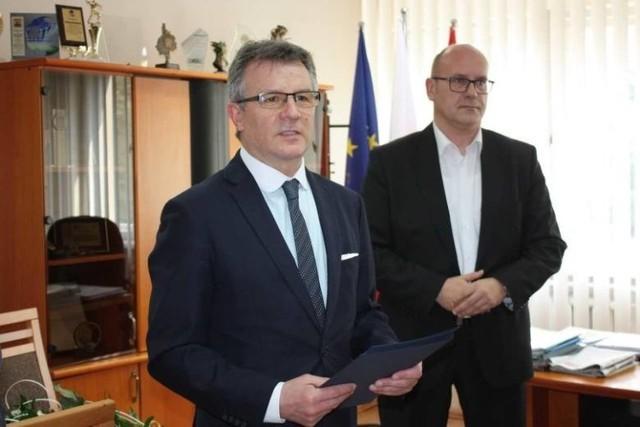 Starosta nagrodził niedawno pracowników szpitala w Chełmnie z okazji ich święta