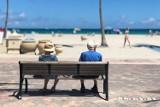 Polak przejdzie na emeryturę po blisko 34 latach pracy. Ile musi pracować Niemiec?