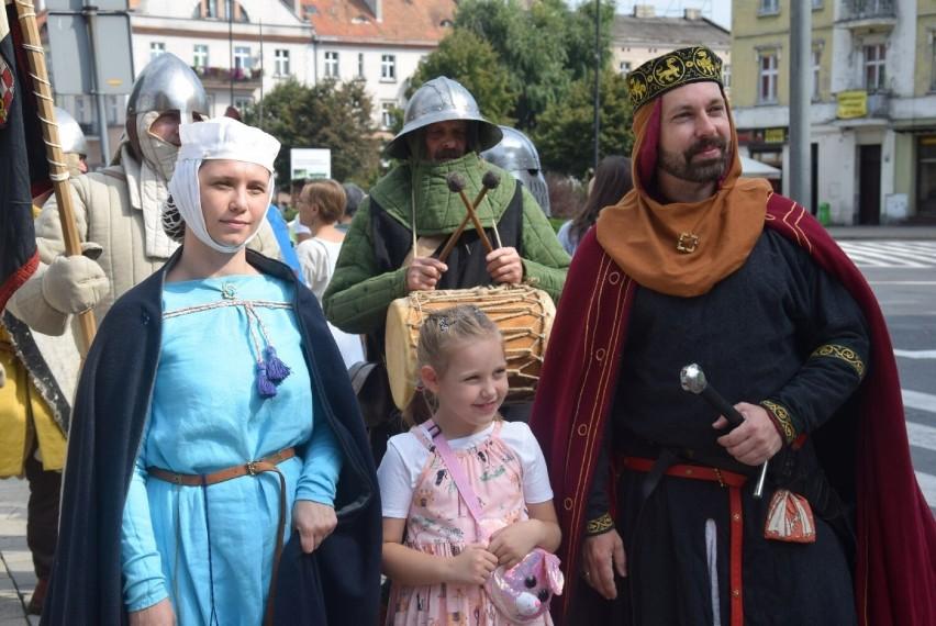 II Dni Księstwa Kaliskiego. Pochód rycerski ulicami miasta