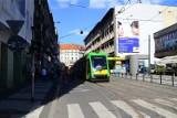 Poznań: Zaparkowała auto na torowisku, blokując ruch na dwie godziny
