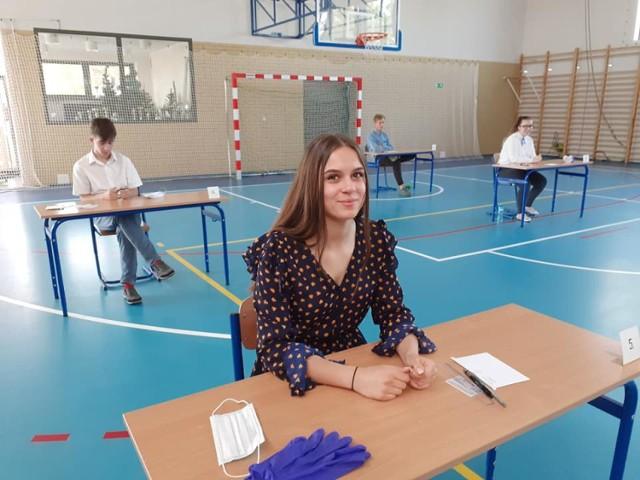 Ósmoklasiści ze szkoły podstawowej w Ołoboku
