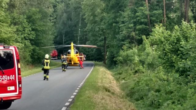Po wypadku w Lędzinach na drodze lądował helikopter LPR