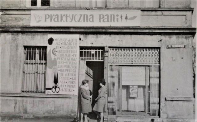 """""""Praktyczna Pani"""" na początku działała przy ul. Słowiańskiej w centrum Goleniowa"""