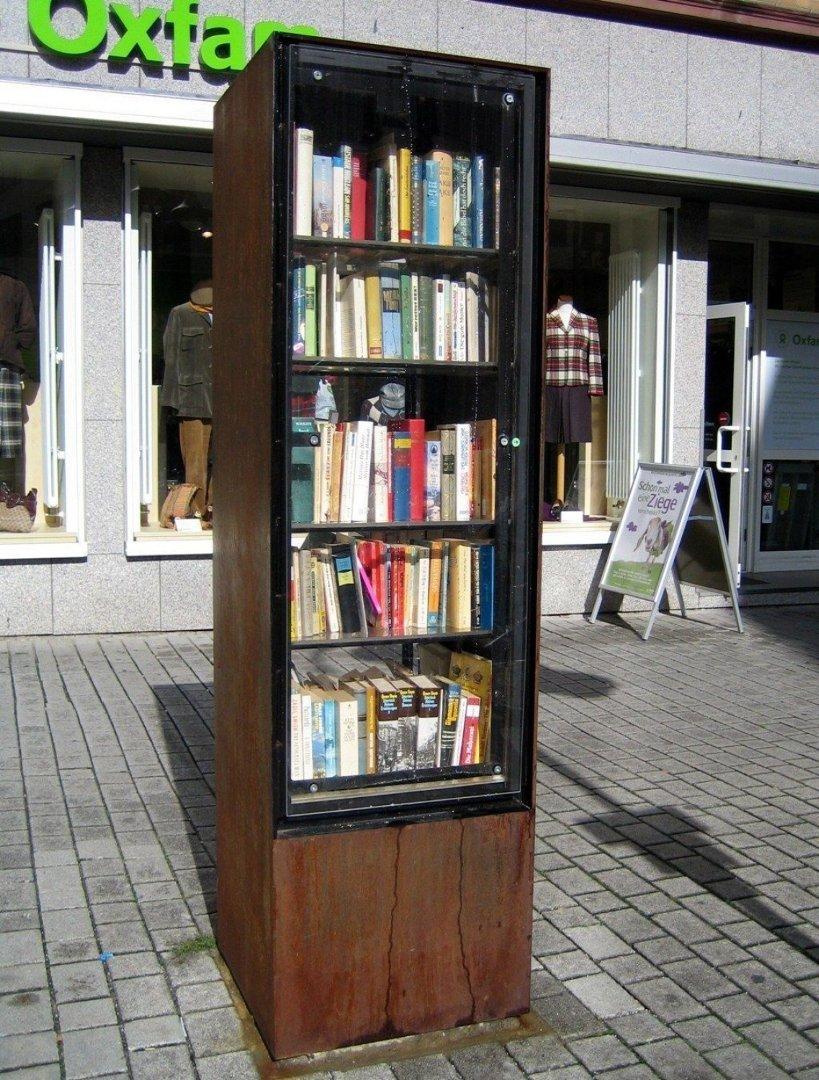 Książki regał