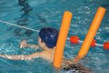Uczniowie z gminy Cedry będą uczyć się pływać na basenie. Gmina pozyskała pieniądze na zajęcia sportowe