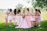 Sukienki na wesele. Zobacz najmodniejsze fasony sukienek na wesele sklepów online [sukienki mini, midi, maxi]