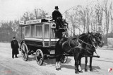 75 lat temu na ulice Wrocławia wyjechał pierwszy tramwaj. Czym jeździliśmy wcześniej? [ARCHIWALNE ZDJĘCIA]