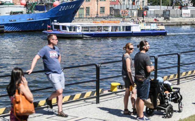 Ceny biletów na wodne tramwaje pozostaną bez zmian: 10 zł za normalny, 5 zł za ulgowy i 5 zł za przewóz roweru