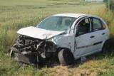 AKTUALIZACJA: Zderzenie 3 samochodów. Matka z 2 dzieci w szpitalu! [ZDJĘCIA]