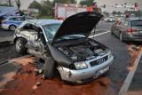 Wypadek w Mikołowie. Nie zatrzymał się na czerwonym świetle, jedna osoba ranna