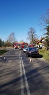 Gm. Cedry Wielkie: Śmiertelny wypadek na drodze w Trutnowych. Droga zablokowana [AKTUALIZACJA]