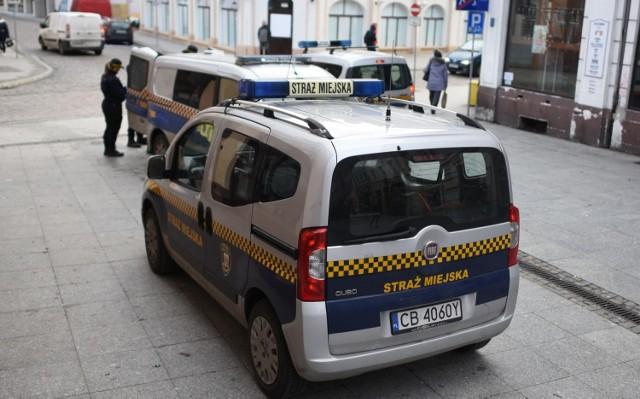 W Bydgoszczy bezdomny został zatrzymany z portfelem i dokumentami innej osoby