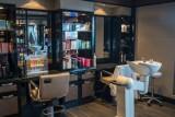Fryzjerzy i kosmetyczki z Sosnowca cieszą się z powrotu do pracy. Przyznają jednak, że może być ciężko