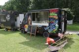 Food trucki znowu w Katowicach. Zlot trwa cały weekend. Zobacz co można zjeść w Dolinie Trzech Stawów