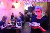 Lockdown dobija łódzkich restauratorów. Otwierają się kolejne lokale. Gdzie można zjeść w Łodzi?