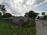 Nowe bloki powstają na os. Niebrów w Tomaszowie. To pierwsza inwestycja mieszkaniowa na największym tomaszowskim osiedlu od lat [ZDJĘCIA]