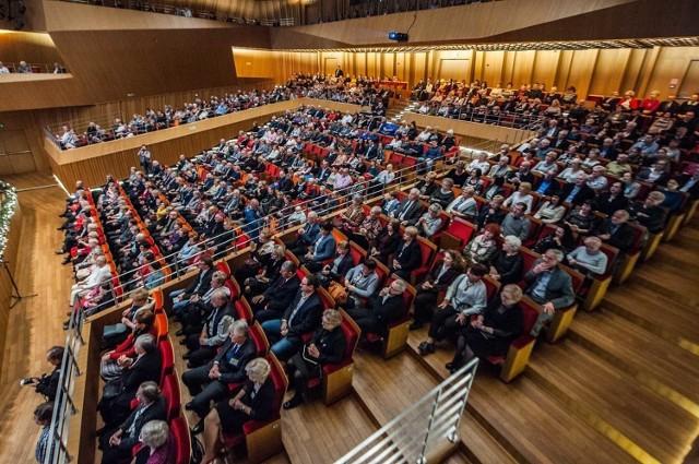 Sala Filharmonii Koszalińskiej znowu pełna widzów? Nie wiadomo, kiedy znowu to zobaczymy. Przez koronawirusa nie ma szans na zorganizowanie żadnego koncertu.