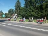 Takiej parady jeszcze na ulicach Międzyrzecza nie było! ,,Karoce'' z roześmianymi maluszkami z nowego żłobka robiły wrażenie...