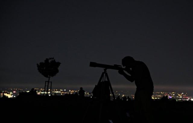 Noc Perseidów to świetna okazja do obserwacji nocnego nieba.