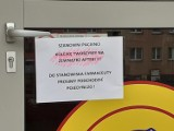 Koronawirus. W woj. śląskim kolejki przed aptekami. To efekt wytycznych Naczelnej Izby Aptekarskiej
