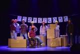 Żnin. Awangardowy Teatr Czarno-Czarny pokazał w Żnińskim Domu Kultury nowy spektakl [zdjęcia]