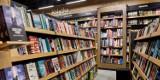 Światowy Dzień Książki – promocje, spotkanie z Wojciechem Chmielarzem i pół tysiąca książek dla dzieci do wygrania