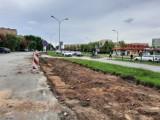 Plac budowy na osiedlu Słoneczne w Ostrowcu. Rozpoczął się długo oczekiwany remont parkingu (ZDJĘCIA)