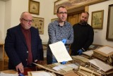 Zamek Kamieniec odkrywa swoje tajemnice. Muzeum Podkarpackie w Krośnie kupiło wyjątkowe archiwum zamkowe od rodziny Starowieyskich [ZDJĘCIA]
