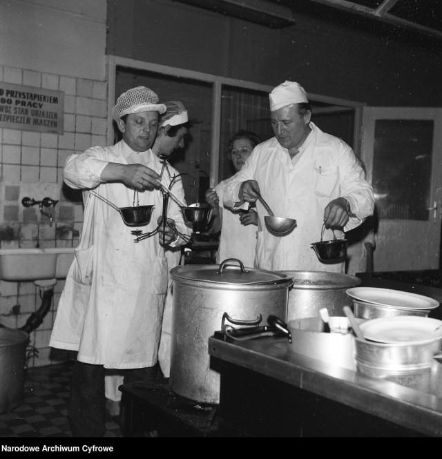 Oferta gastronomiczna Przemyśla w roku 1980 była bardzo różnorodna.