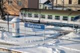 Odwołane pociągi i PKS-y w Podlaskiem. Zima sparaliżowała transport publiczny