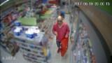 Ukradł portfel na zapleczu sklepu. Rozpoznajecie tego mężczyznę?