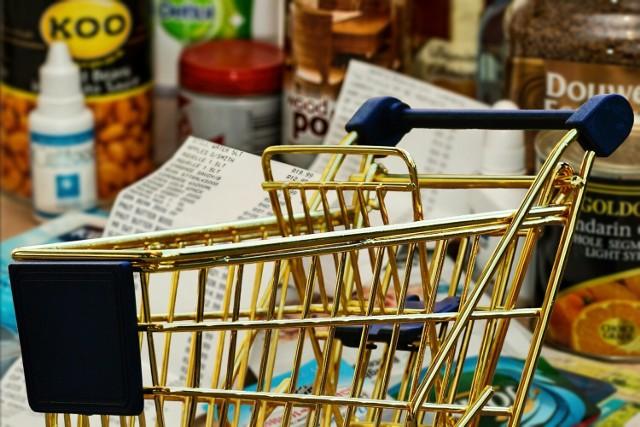 Przy kasie w sklepie zamiast paragonu SMS. Będą wiedzieć wszystko o naszych zakupach!  Czytaj dalej. Przesuwaj zdjęcia w prawo - naciśnij strzałkę lub przycisk NASTĘPNE