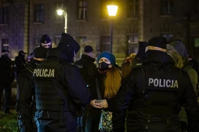 Rzecznik małopolskiej policji przyznaje, że podczas protestu funkcjonariusze użyli siły wobec tych, którzy nie stosowali się do poleceń