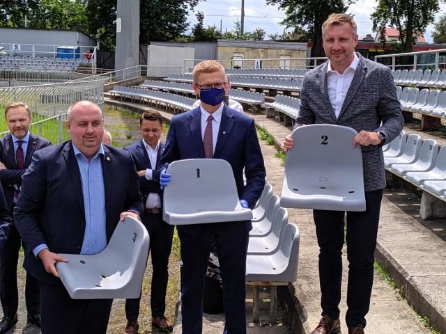 Umowa na budowę stadionu piłkarskiego w Częstochowie podpisana!