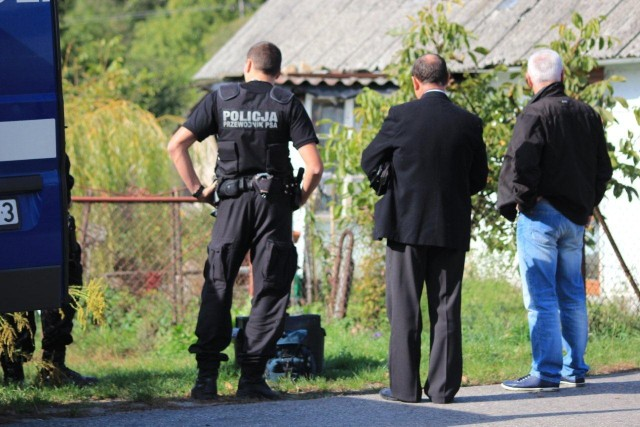 Zabójstwo w Rybiem. Jest akt oskarżenia przeciw trzem sprawcom.