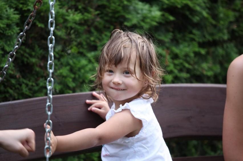 LESZNO. Kayka Ginter to cudowna dziewczynka, która potrzebuje wsparcia. Jej ciocia Natalia stanęła na wysokości zadania [ZDJĘCIA]