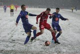 Wielkie Derby Śląska w śniegu [ZDJĘCIA]. Mecz Ruch Chorzów - Górnik Zabrze w zimowej scenerii