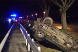 Wypadek na DK 32! Auto wylądowało w rowie. Wśród poszkodowanych są dzieci!