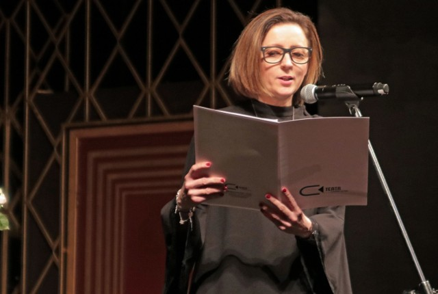 Beata Kastner zawodowo z kulturą jest związana od ponad 20 lat. Teraz otrzymała teatralną nagrodę marszałka województwa