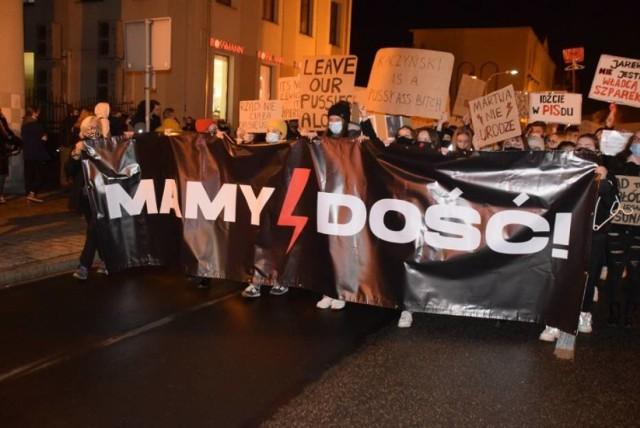 Gniezno. Strajk Kobiet w czwartek wieczorem na Rynku