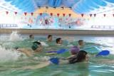 Rodzice wywalczyli otwarcie basenu w Gubinie? Pływalnia ma być dostępna od 25 stycznia, ale tylko dla zawodników z licencją