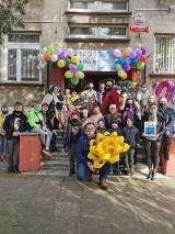 Do Szkoły Podstawowej  nr 7 w Myszkowie dotarło 1000 książek. To nagroda za wygranie konkursu Empiku ZDJĘCIA