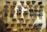 ''Hełmy, czapki i mundury...'' - nowa wystawa w Muzeum Podkarpackim [ZDJĘCIA]